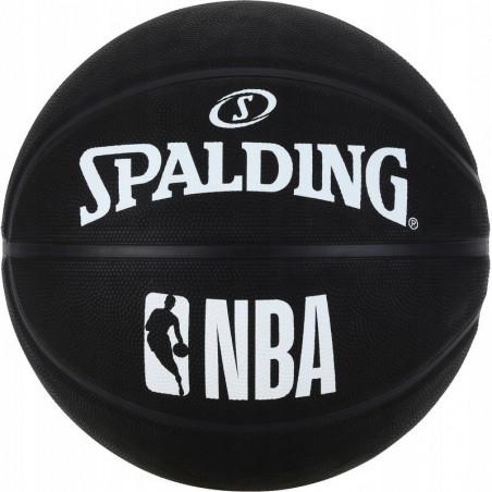 Piłka do koszykówki...